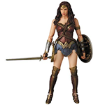MAFEX WONDER WOMAN FAKE